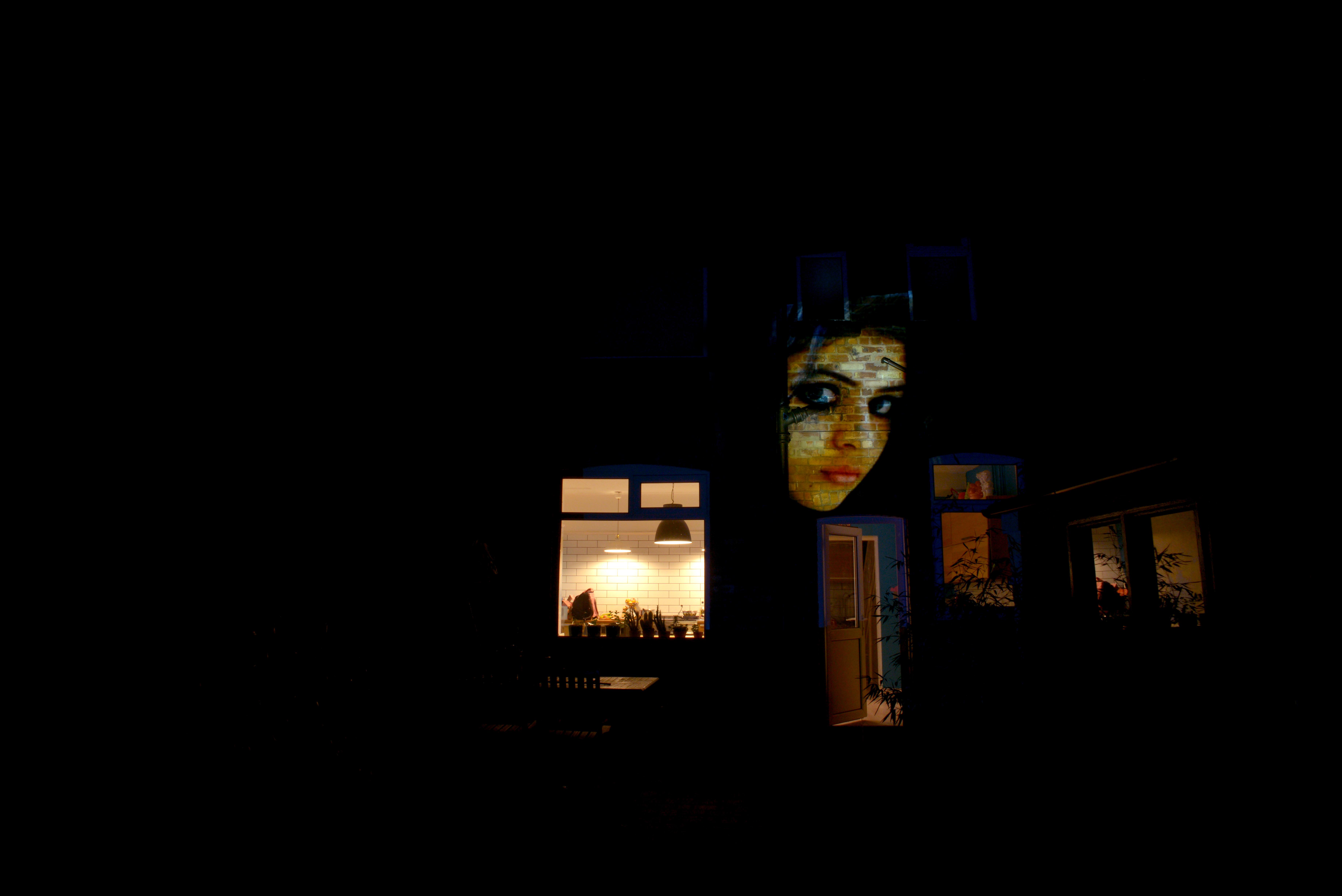 gilr on house